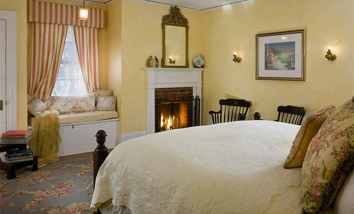 Romantic Lenox Bed and Breakfast with fireplaces and jacuzzi tubs