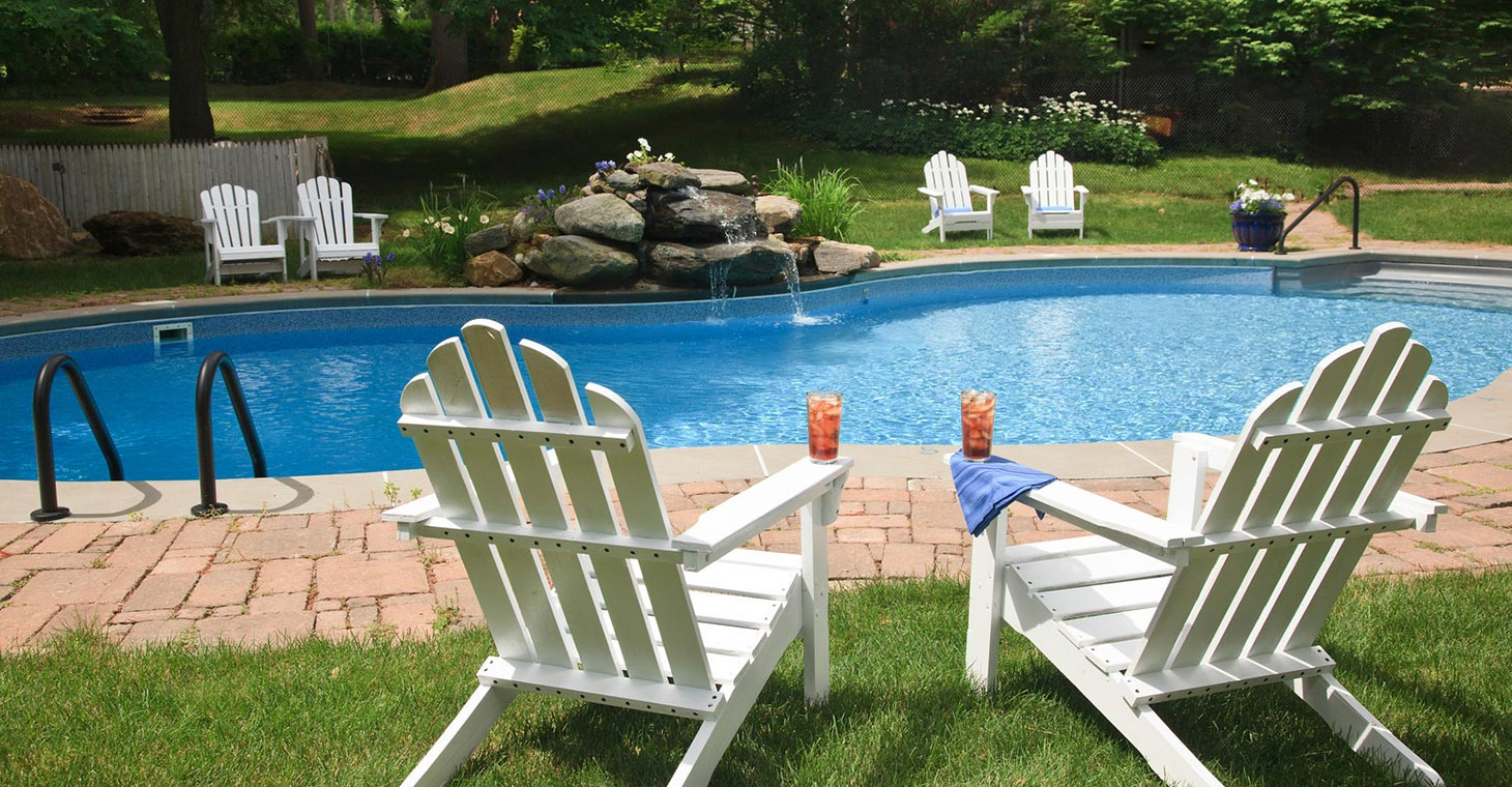Historic Lenox Inn with outdoor heated pool