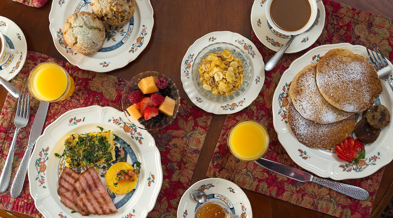 Southern breakfast at Hampton Terrace Inn