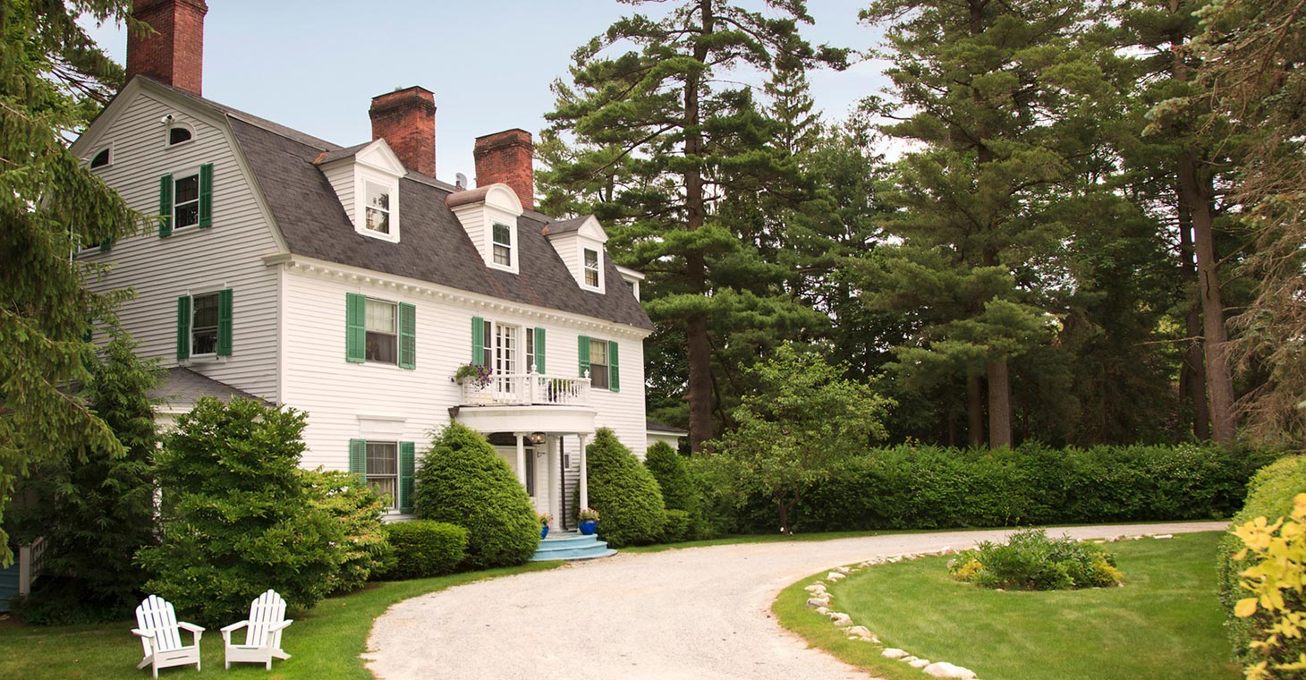 Lenox, MA Bed and Breakfast Exterior