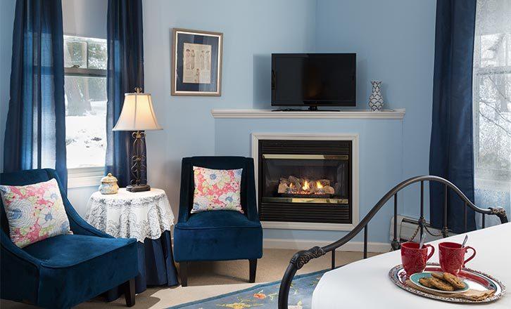 Romantic Berkshires B&B queen room