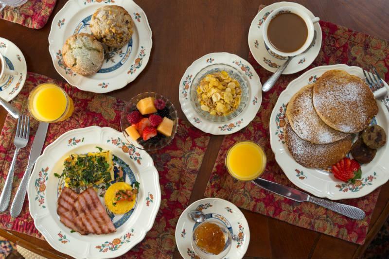 Gourmet Buffet Breakfast at Hampton Terrace Inn