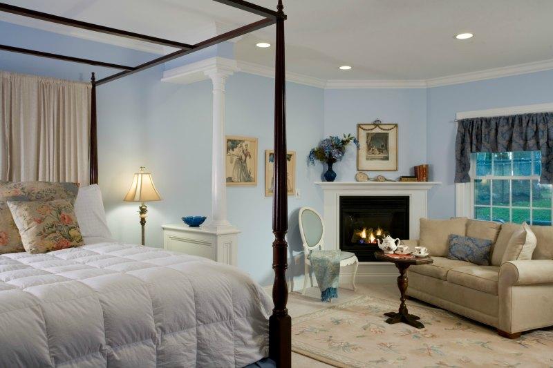 Hampton Terrace King Suite, perfect for a romantic getaway in the Berkshires