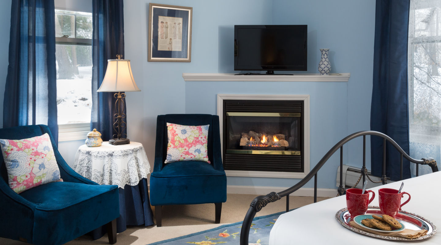 Lenox, MA Bed and Breakfast cozy suite
