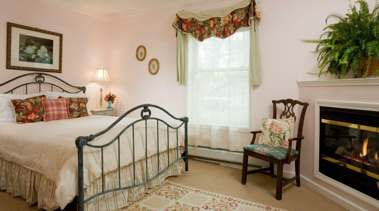 Lenox MA Lodging Guest Room
